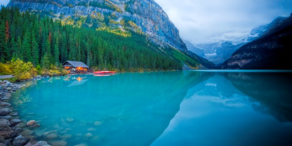 Lake louise lake  boathouse