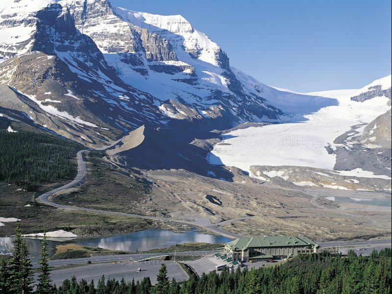Columbia icefields centre sm