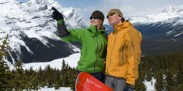 Play-in-the-snow-lake-louise